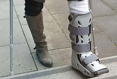 Botte pour réparation du tendon d'achille - Dr Arnaud Clavé